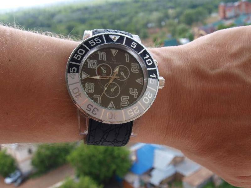 2557fe94 Светящиеся часы Клуб в Бийске, цена 970 руб., объявление