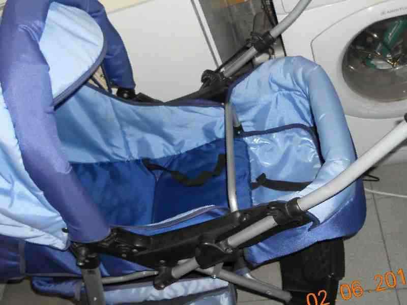 75de9ccd69588 Коляска трансформер, б/у — 3500 руб. — Детские коляски — Оренбург